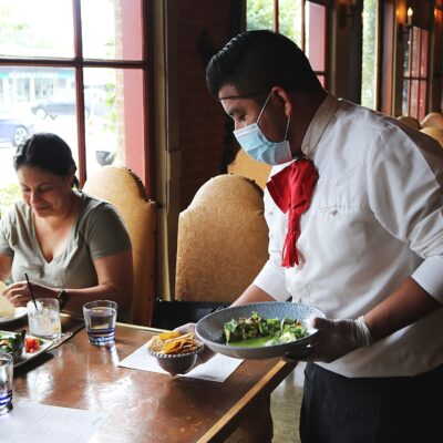 5 Tips for Managing a Successful Restaurant Amid COVID-19